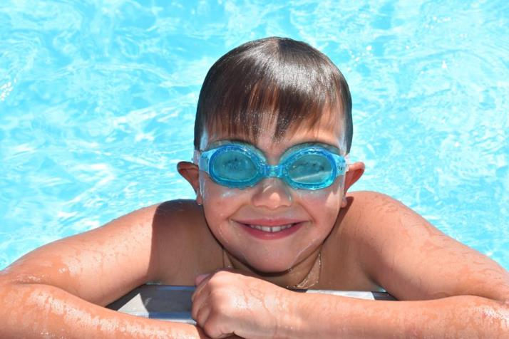 Goggle Swim Lessons Boy